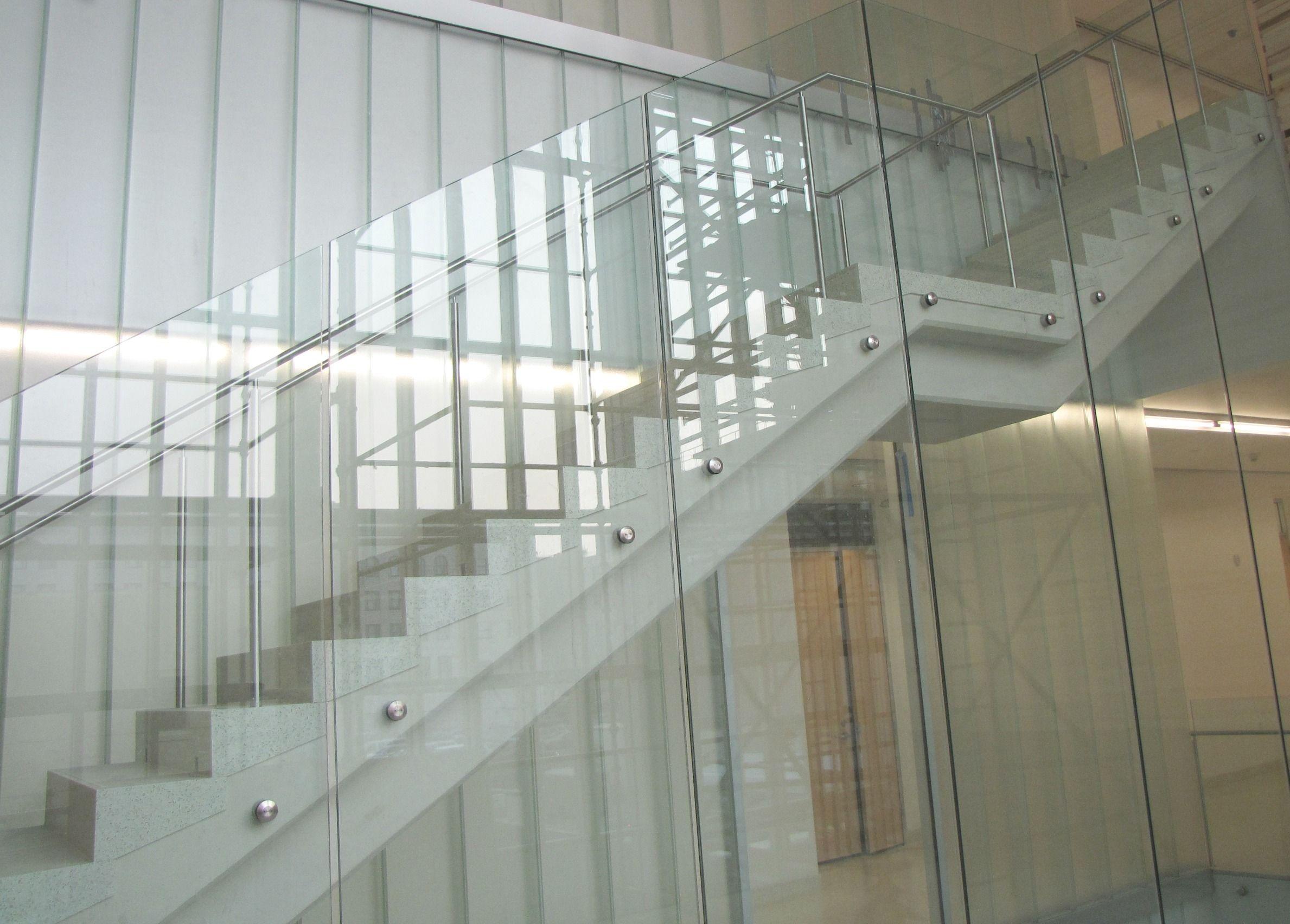 Best 700 Series Fascia Mounted Glass Railing System Glass Railing System Interior Railings Glass 400 x 300
