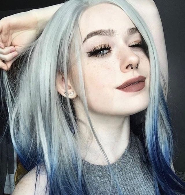 Punk Girl Goth Gothic Aesthetic Cute Pretty Beautiful Beauty Alternative Grunge Ombre Hair Color Dyed Hair Blue Hair