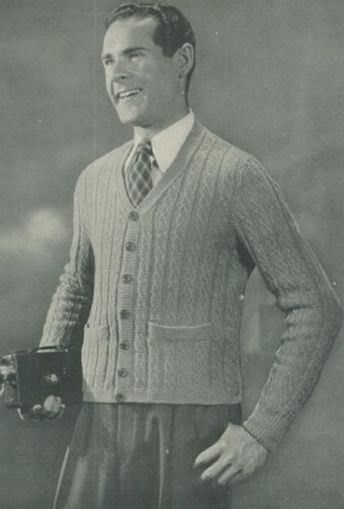 #2422 MANS KNITTED SWEATER VINTAGE KNITTING PATTERN