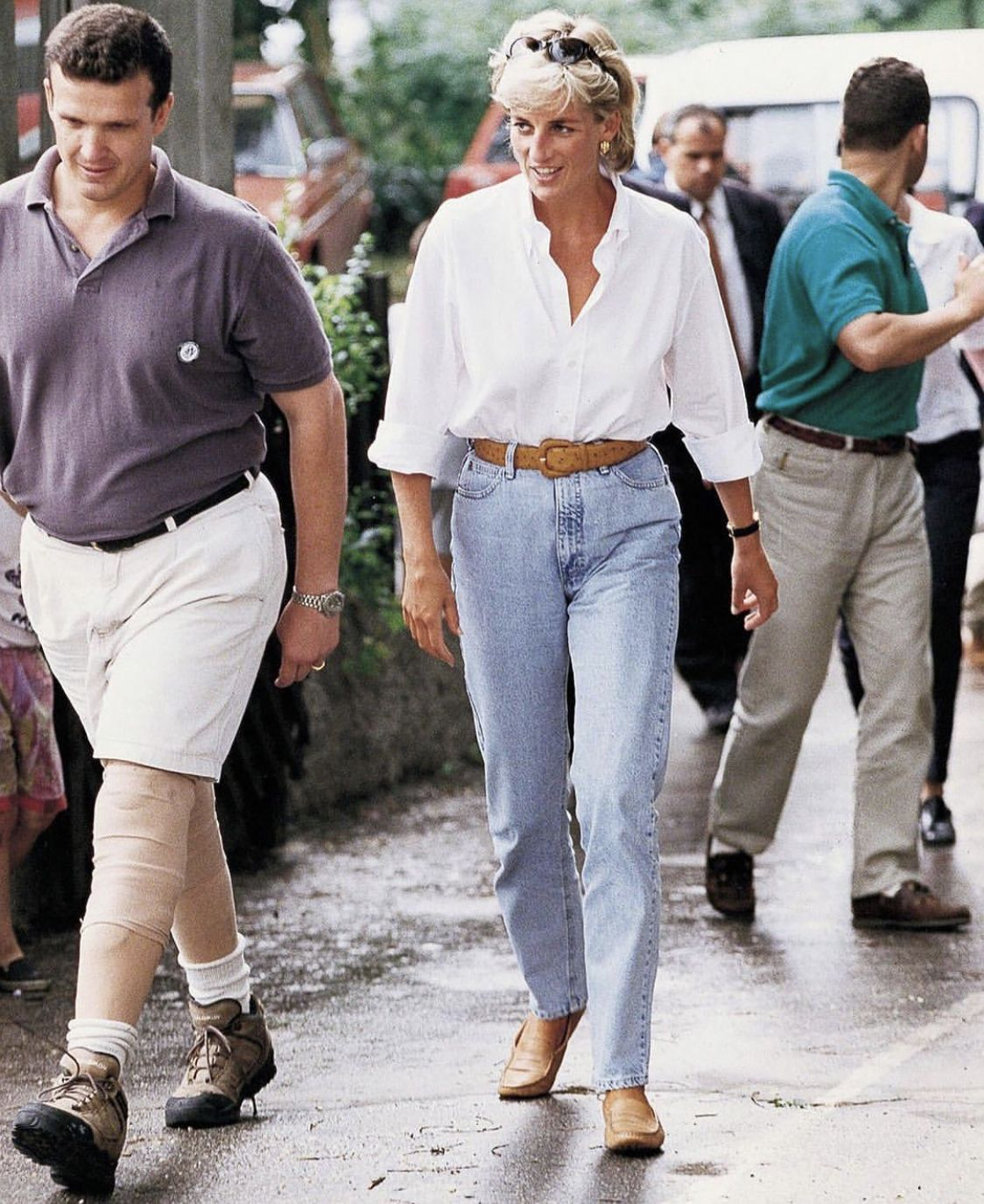 Princess Diana Has A Thing For Denim Particularly High Rise Mom