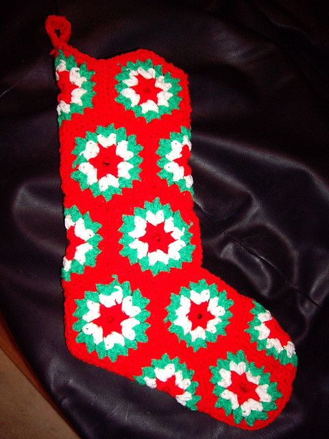 Vintage Hexagon Christmas Stocking pattern free PDF from Ravelry Gee ...