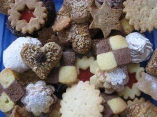 German holiday cookies recipes food ideas pinterest german german holiday cookies recipes forumfinder Choice Image