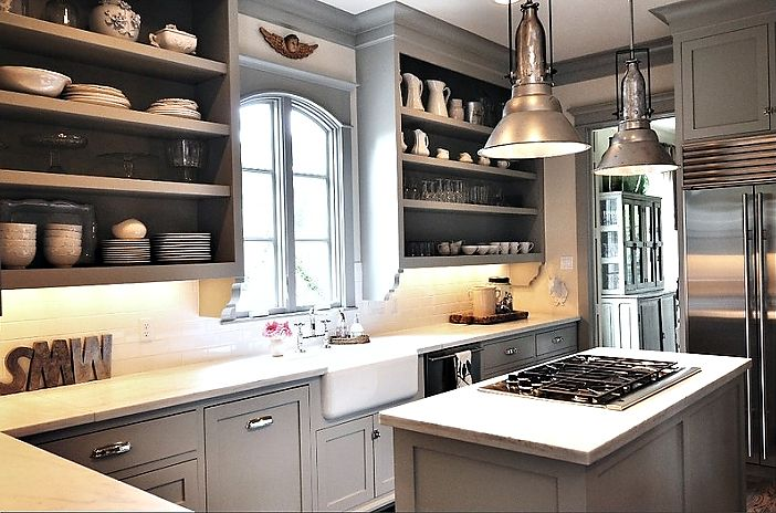 Love the color + the detail underneath the shelves!
