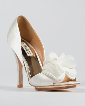 Badgley Mischka Bridal Shoes Sweetheart Mermaid Gown In Lace