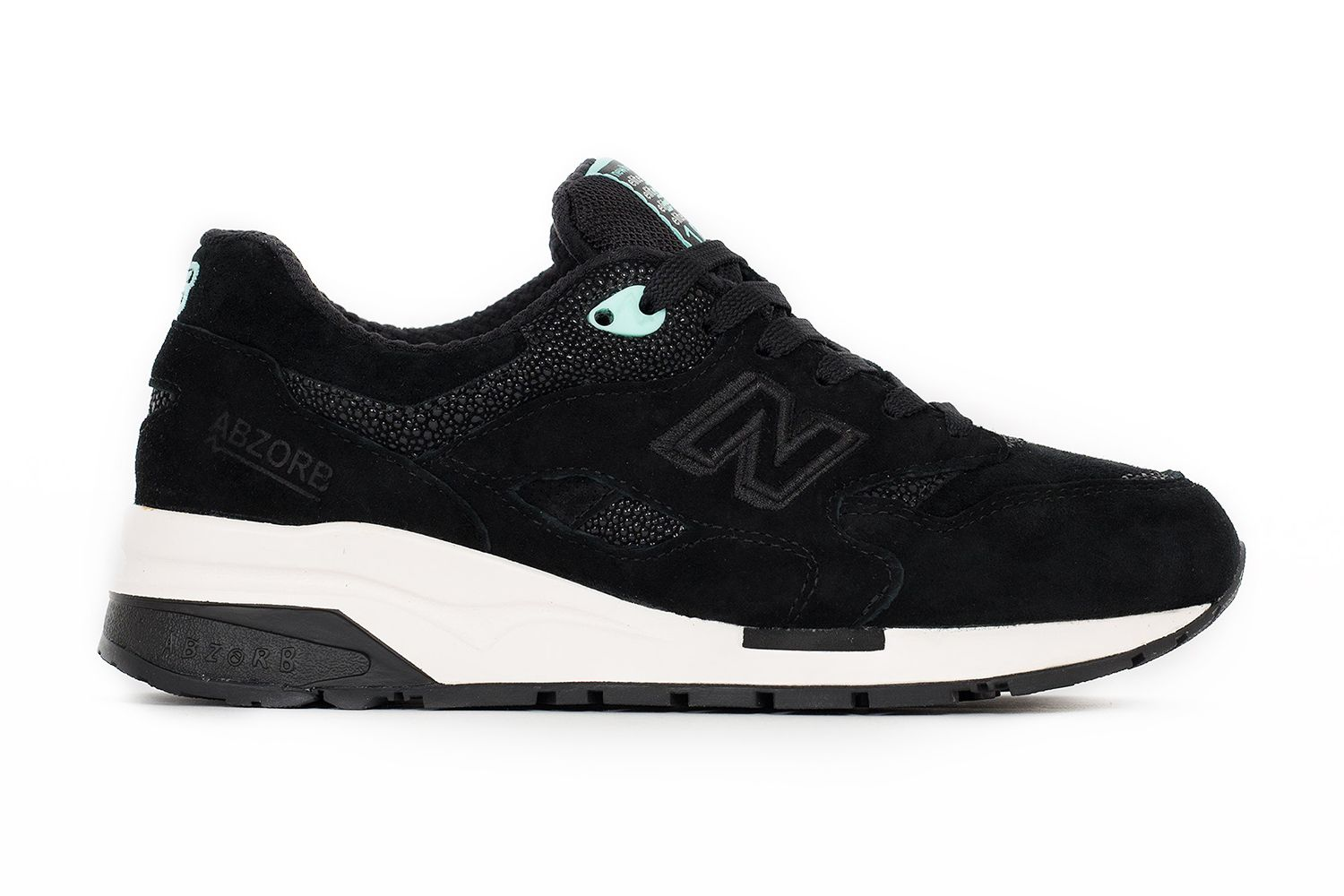 new balance 1600 all black