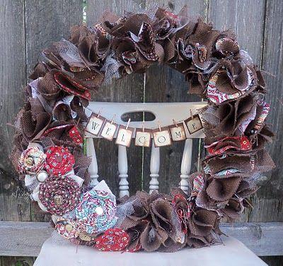 Cute fall wreath.