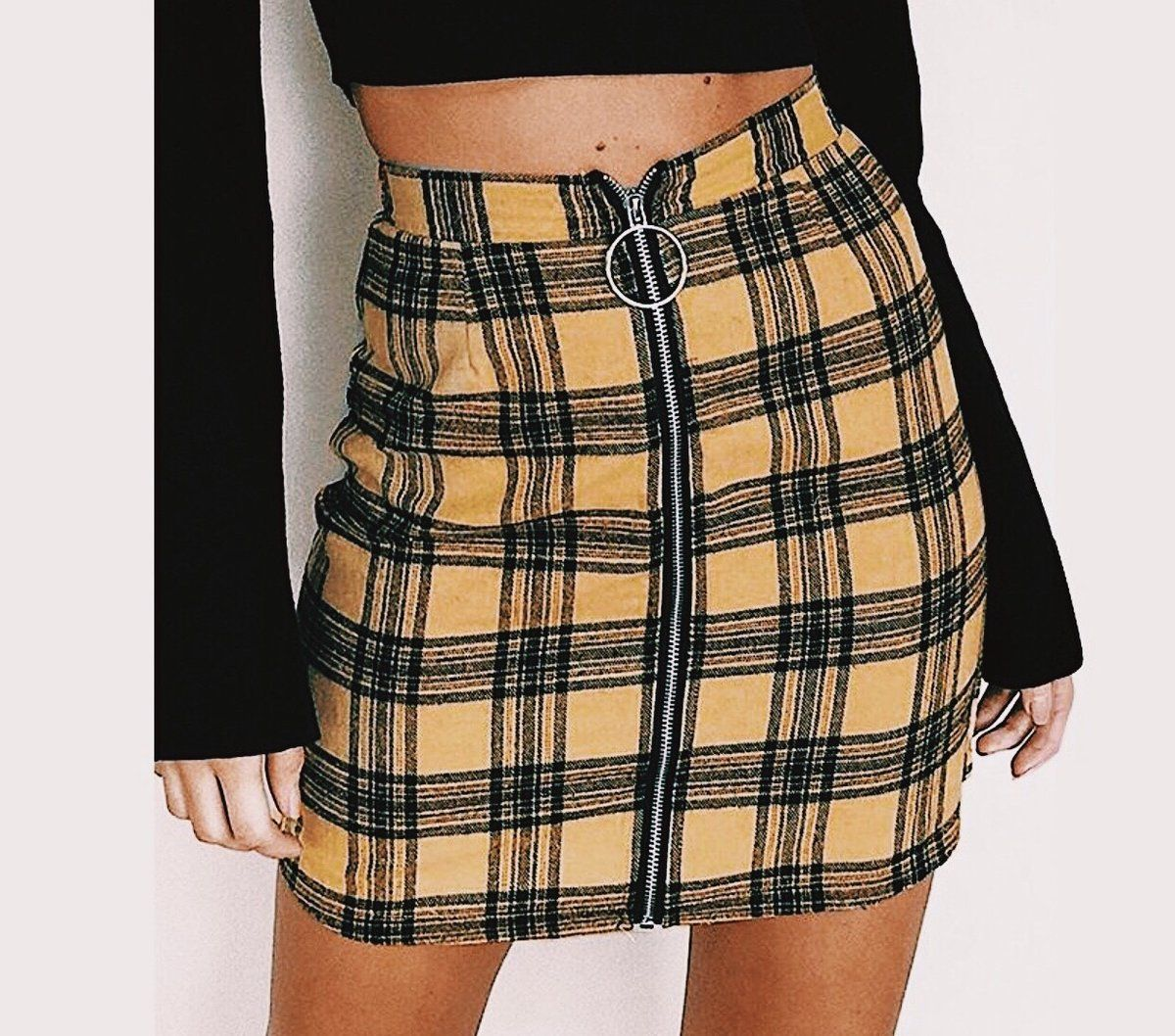 f8a5ac1f37 THE OCTOBER PLAID SKIRT | Might purchase | Mini skirts, Plaid skirts ...