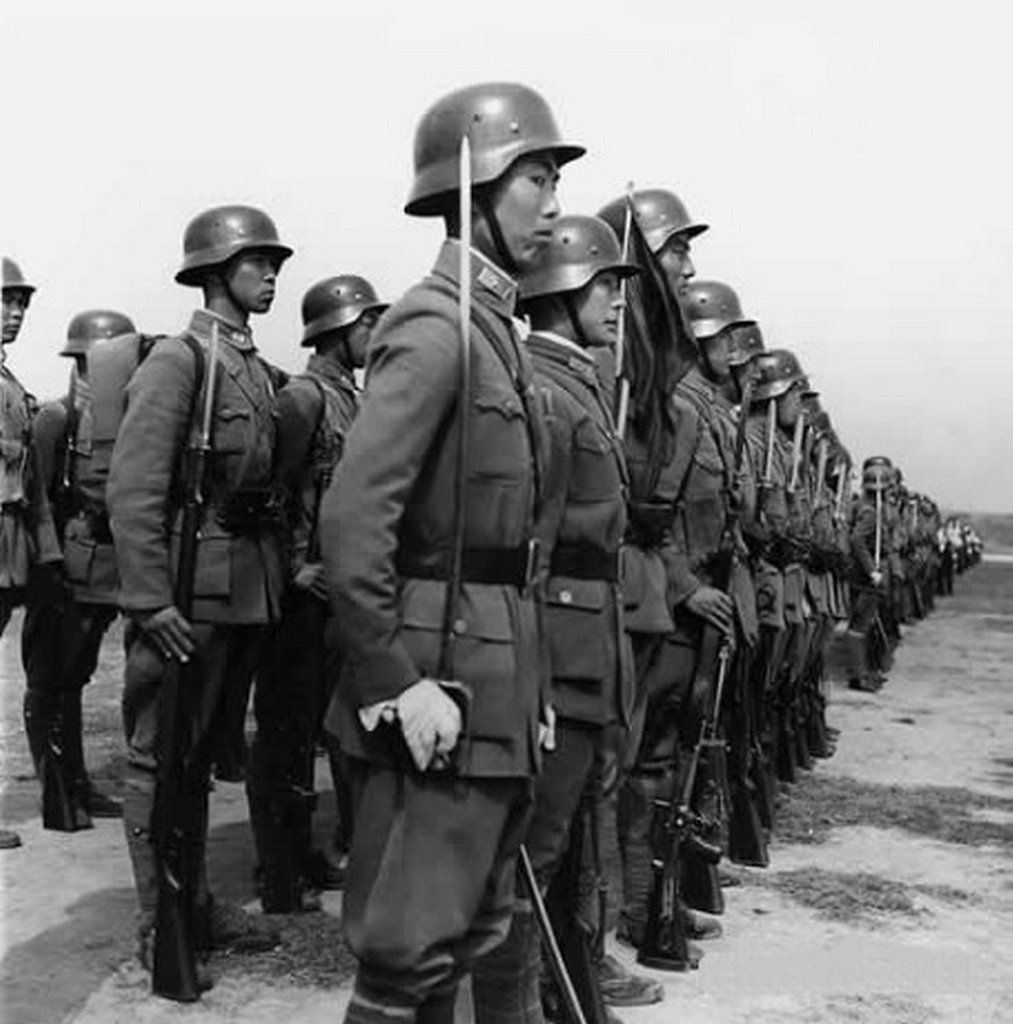 Second Sino Japanese War July 7 1937 September 2 1945 Nationalist Troops Of The The German Trained Divisions Of China World War Two Army Chinese History