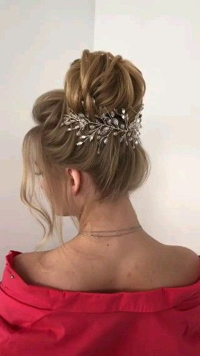 Crystal hair vine, Wedding hairpiece, Bridal headband, Bridal hair piece, Bridal headpiece  Crystal hair vine Wedding hairpiece Bridal headband Bridal hair piece Bridal headpiece, Wedding hea #bridal #crystal #Hair #hairpiece #headband #headpiece #piece #vine #wedding