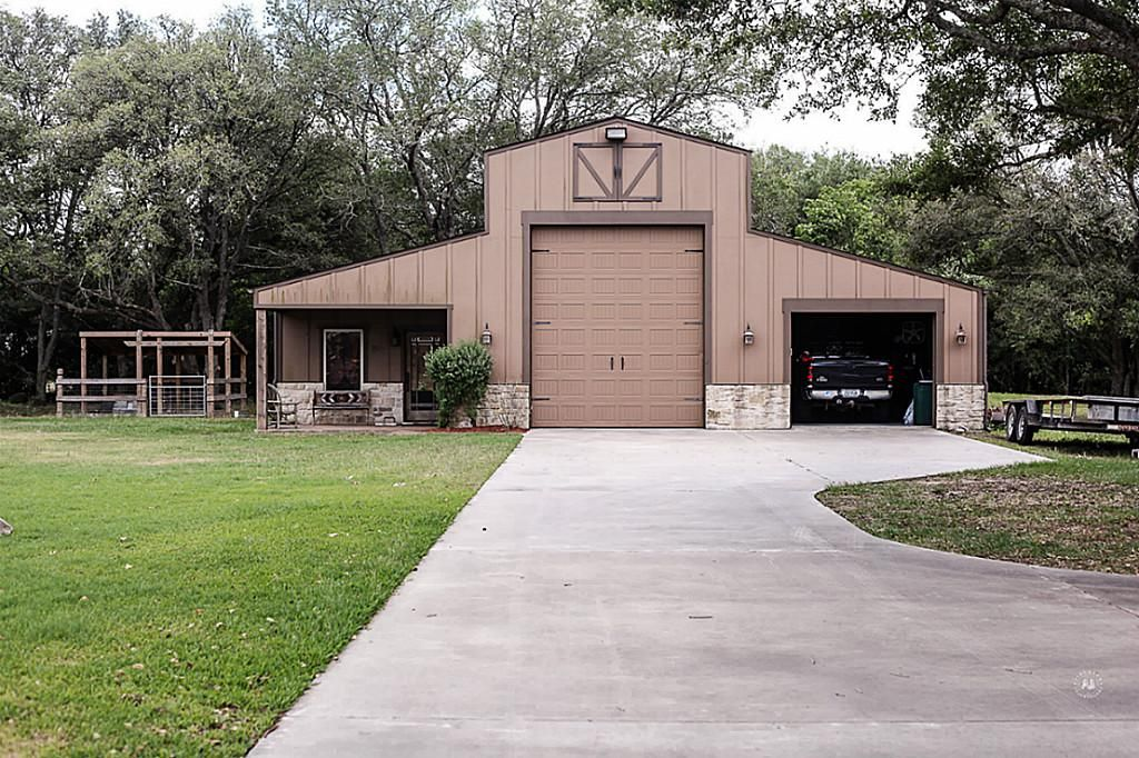 Metal Barn With Living Quarters Texas Google Search