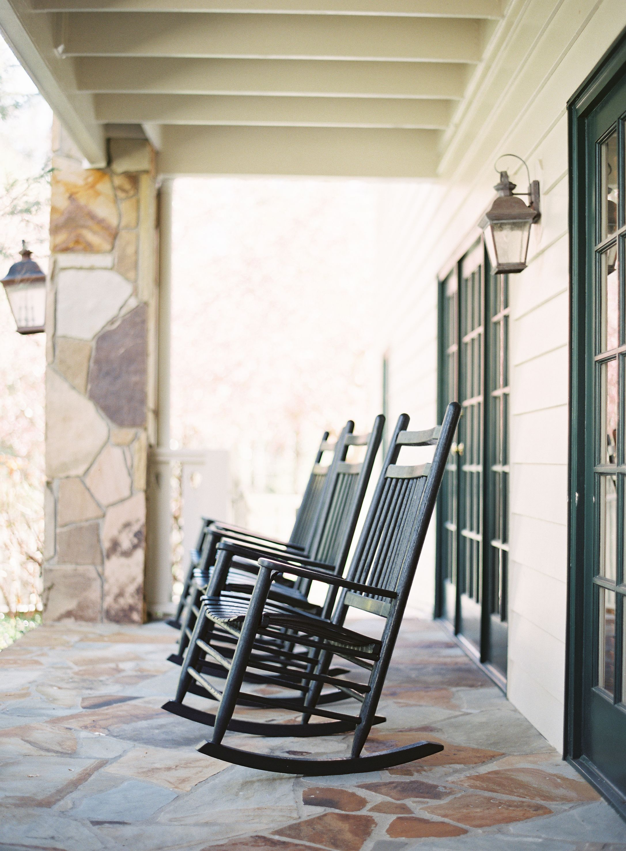 Admirable Front Porch At Walker House At Rt Lodge By Rachel May Short Links Chair Design For Home Short Linksinfo