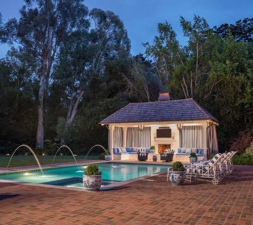 The Great Looking Idea Of The Outdoor Pool House Seems Delightful With Unique Waterfall And The Loungers Place Pool House Designs Outdoor Pool Decor Pool House