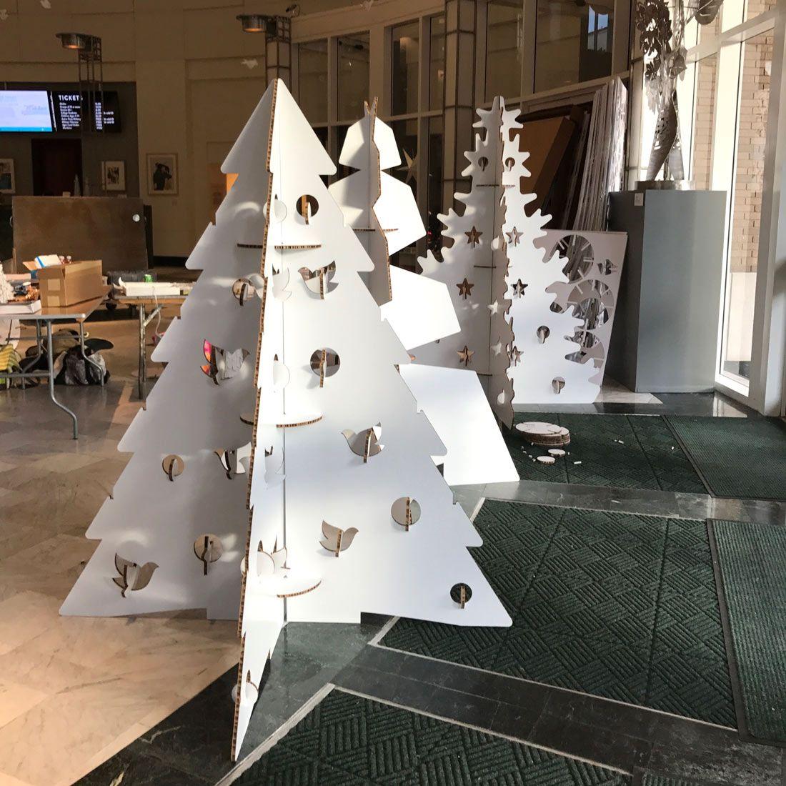 Decoraci n navide a museo festival of trees en orlando for Decoracion para arboles navidenos