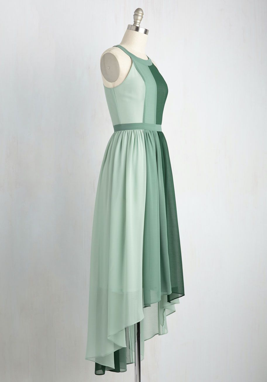 45b8736530034e Peachy Queen Dress in Pear. Feel like royalty in this airy colorblocked maxi  - part of our ModCloth namesake label! #green #modcloth