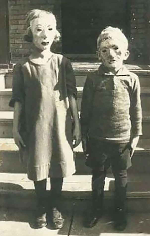 Scary Vintage Halloween Costumes Creepy Old Photos And Images
