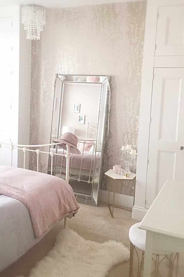 this blush pink and grey bedroom makes for the perfect
