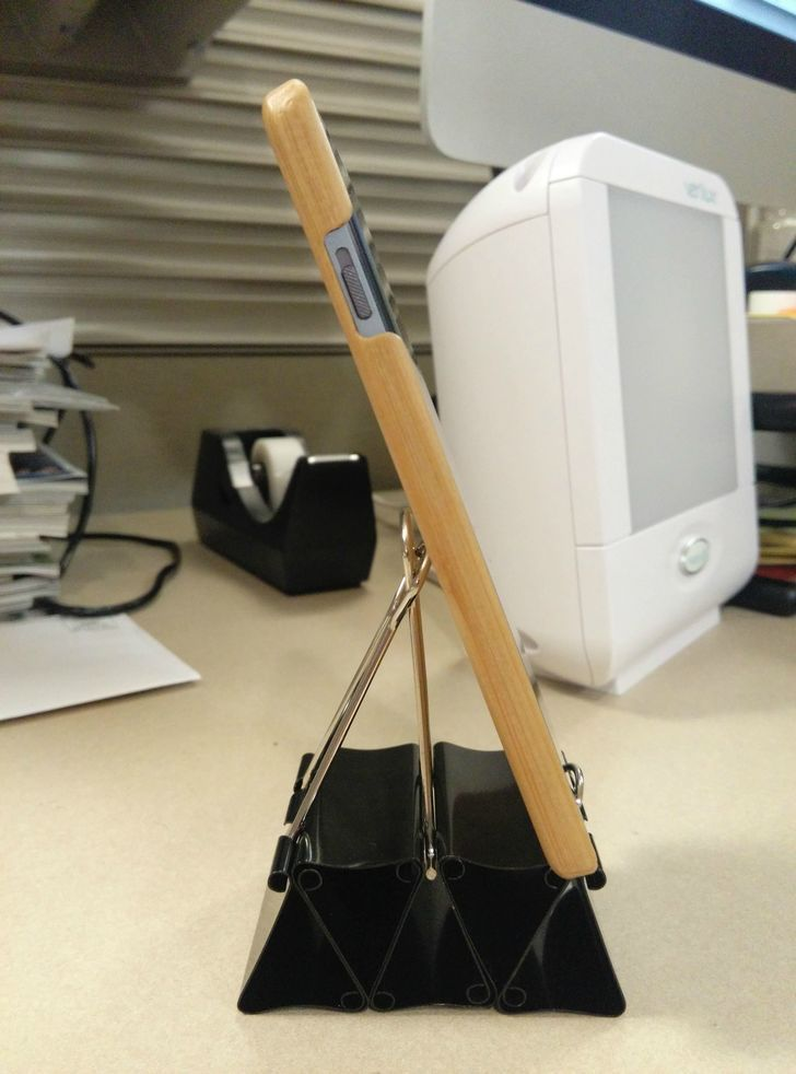 Diy binder clip cell phone stand with room for usb