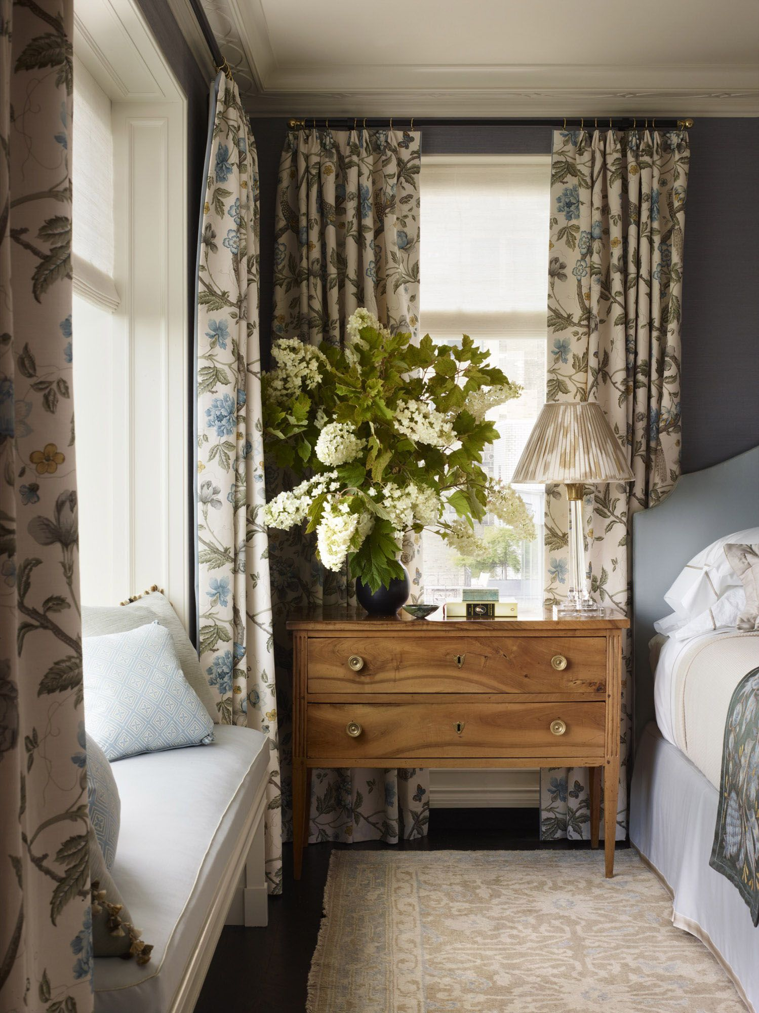 Traditional Meets Timeless Bedroom Setting Tammy Connor Interior