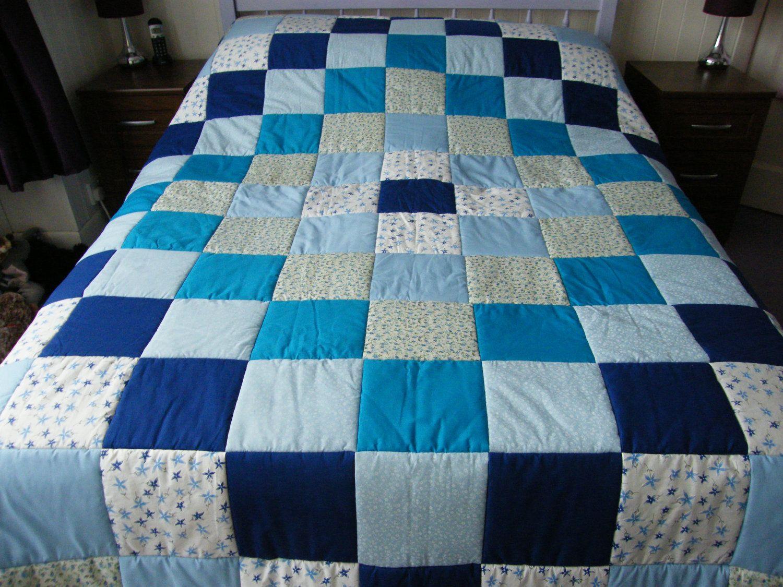Handmade Blue and Floral Diamond design Patchwork Quilt ...