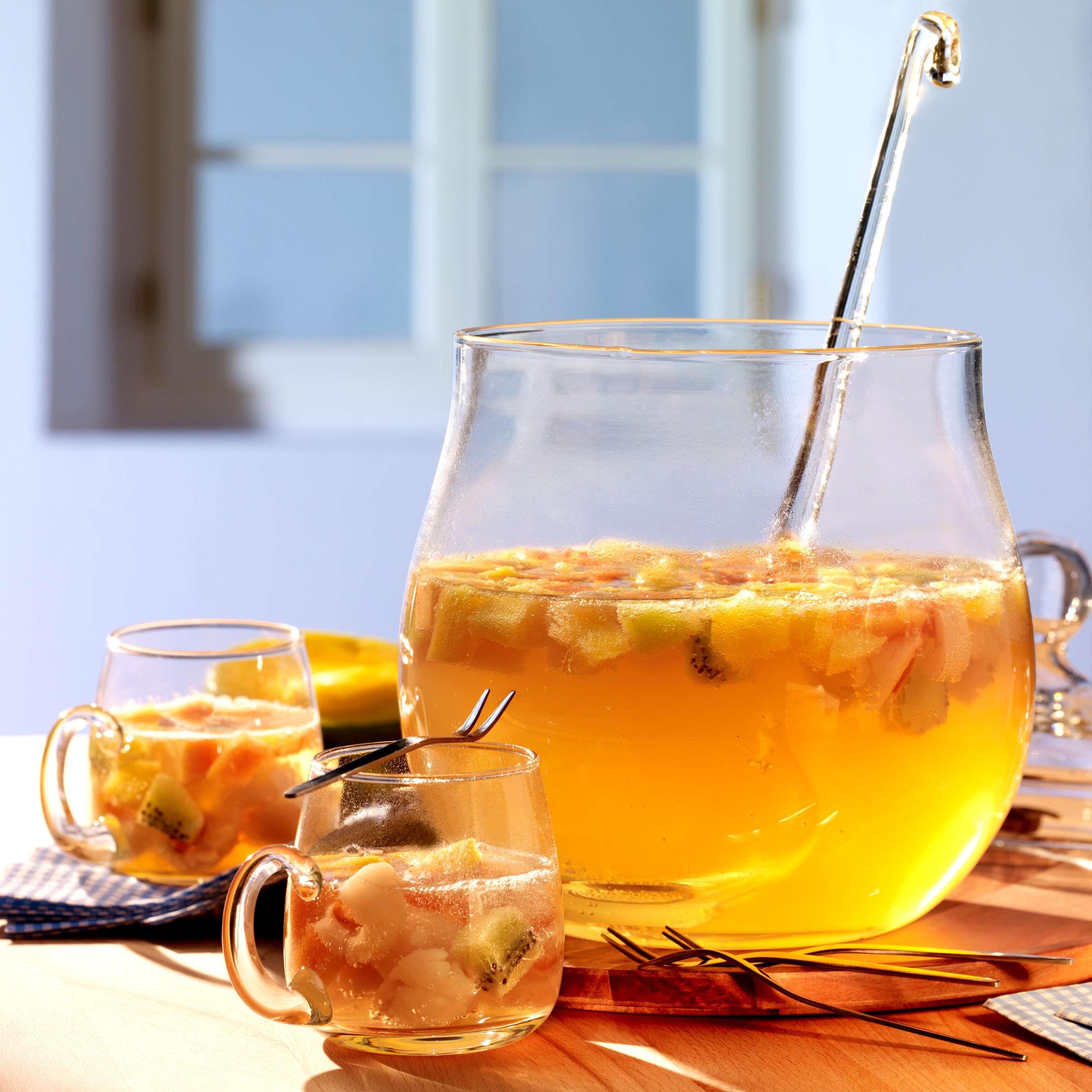 Tropische Bowle | Rezept | trinken | Pinterest | Bowle, Webseite und ...