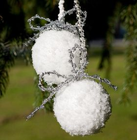 schneeball weihnachtskugel basteln zuk nftige projekte pinterest weihnachtskugeln basteln. Black Bedroom Furniture Sets. Home Design Ideas