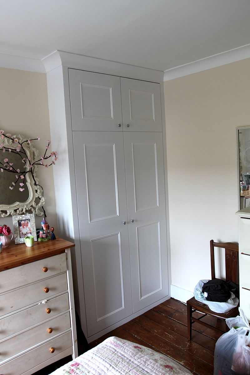 Alcove wardrobe with coving | Alcove wardrobe, Built in ...