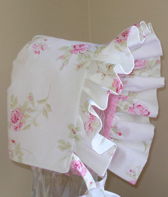 baby bonnet shabby chic rose pink reversible my pins pinterest n hen baby baby und m tze. Black Bedroom Furniture Sets. Home Design Ideas