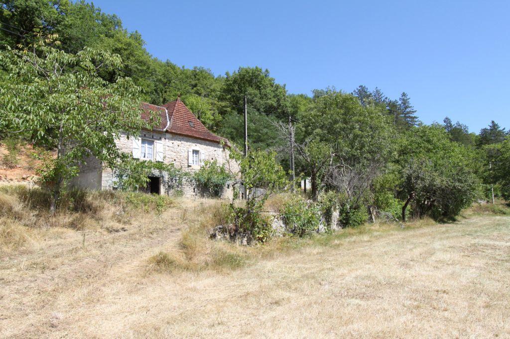 Charmante Fermette Quercynoise sur 6ha en bordure de rivière Sur - maison en bois et en pierre