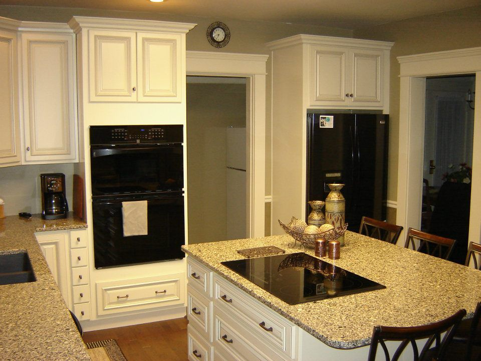 Kitchen cabinets white with black appliances, small ...