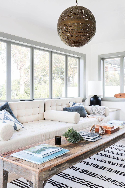 Wohnzimmer des modernen interieurs des hauses tour an interior designerus ultracool malibu farmhouse