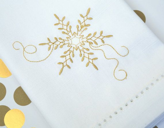 Snowflake Cloth Napkins, Snowflake cotton napkins, christmas cloth napkins, snowflake linens, snowflake table decorations