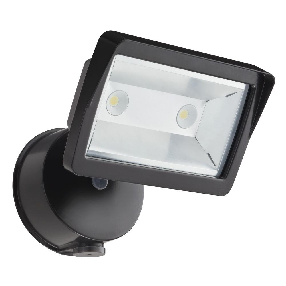 Lithonia Lighting Bronze Outdoor Integrated Led Wall Mount Flood Light With Dusk To Dawn Photocell Olfl 14 Pe Bz M4 The Home Depot Outdoor Flood Lights Led Flood Lights Lithonia