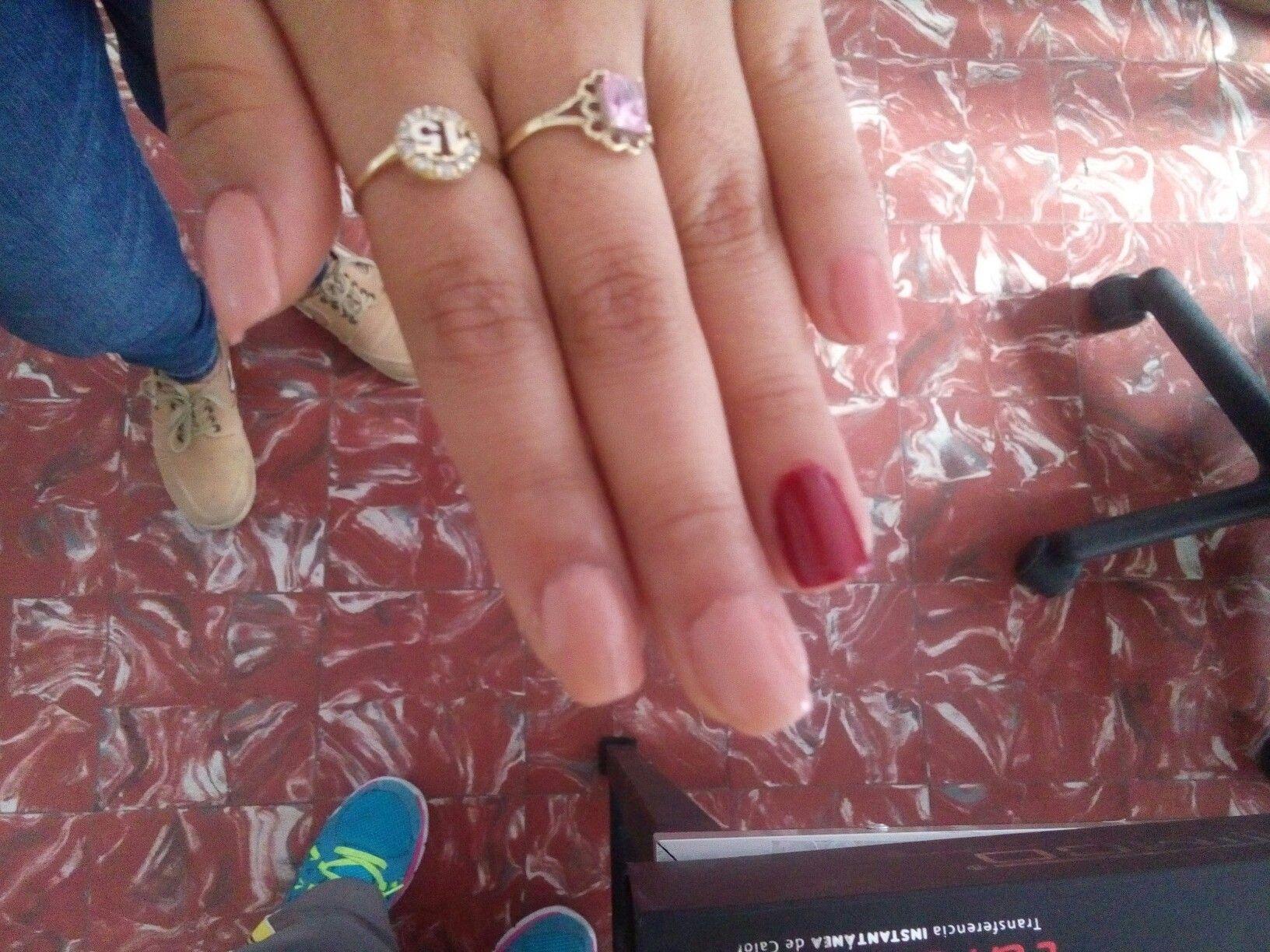 Uñas acrilico rojo vino y beige | diseños de uñas ❤ | Pinterest ...