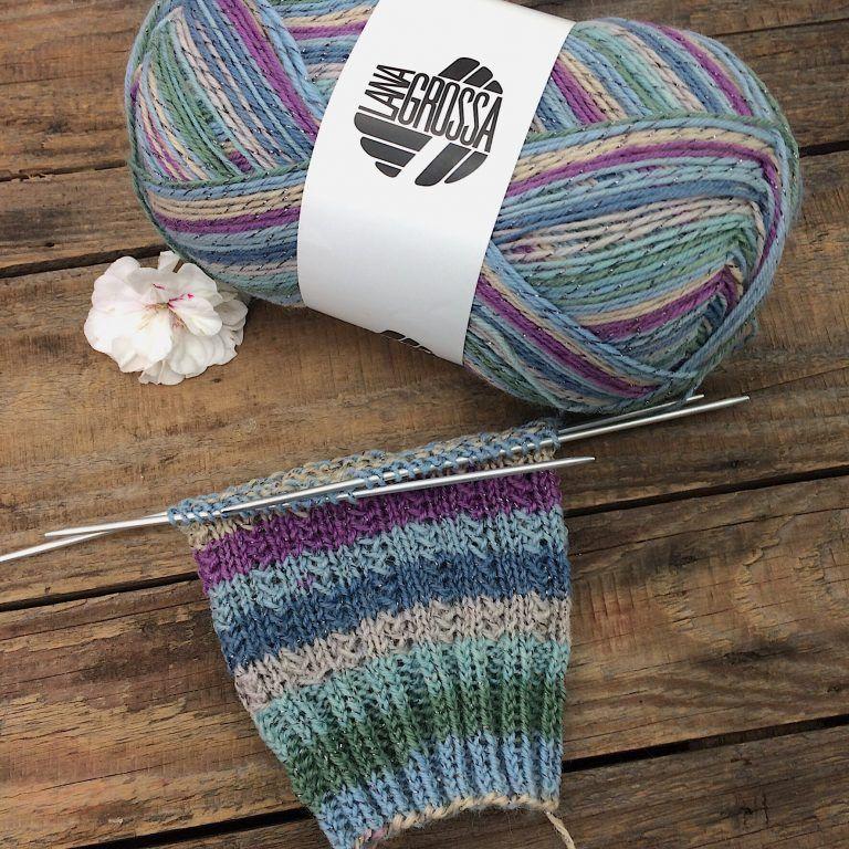 Gratisanleitung Socken Muster Charade Lanagrossa Meilenweit Glamy ...