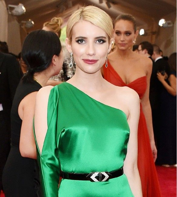 Emma Roberts' sleek hair, flirty lashes, and wine lips // Met Gala 2015