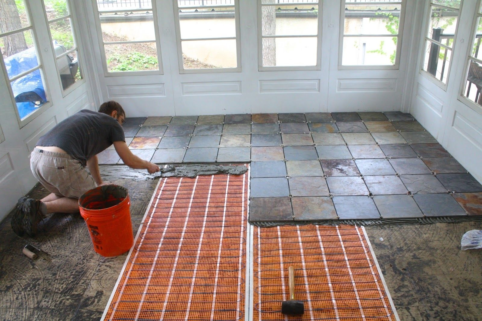 Front Porch Tile Flooring Ideas Cool Screened Porch Flooring Ideas House With Porch Porch Flooring Porch Design