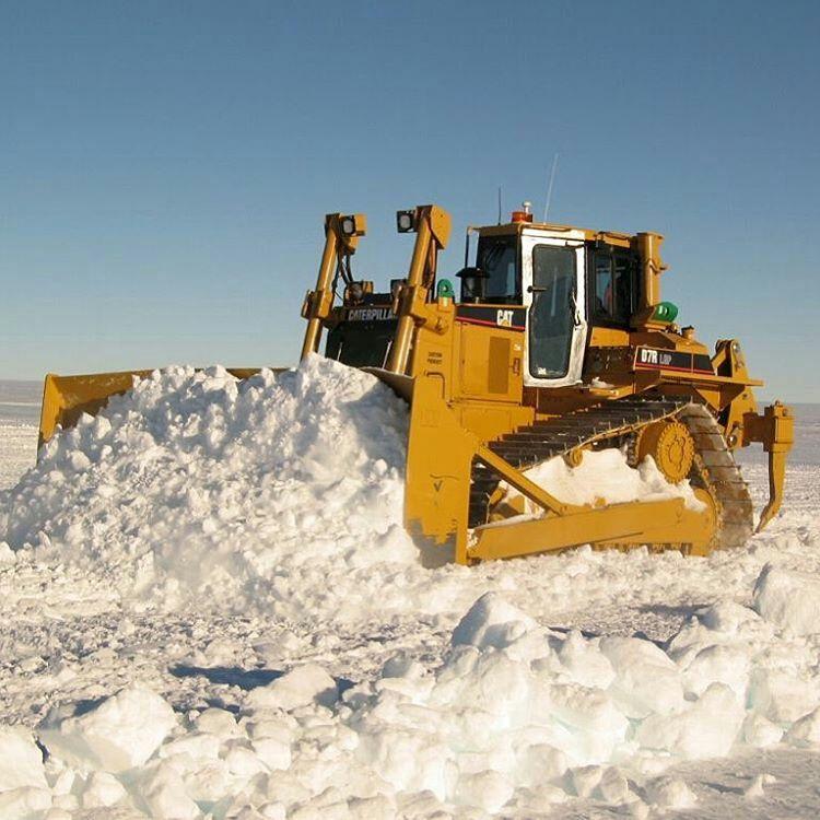Cat D7R pushin snow | Caterpillar | Caterpillar equipment