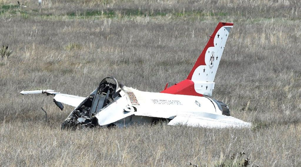 Thunderbirds fighter jet crashes in Colorado Springs after