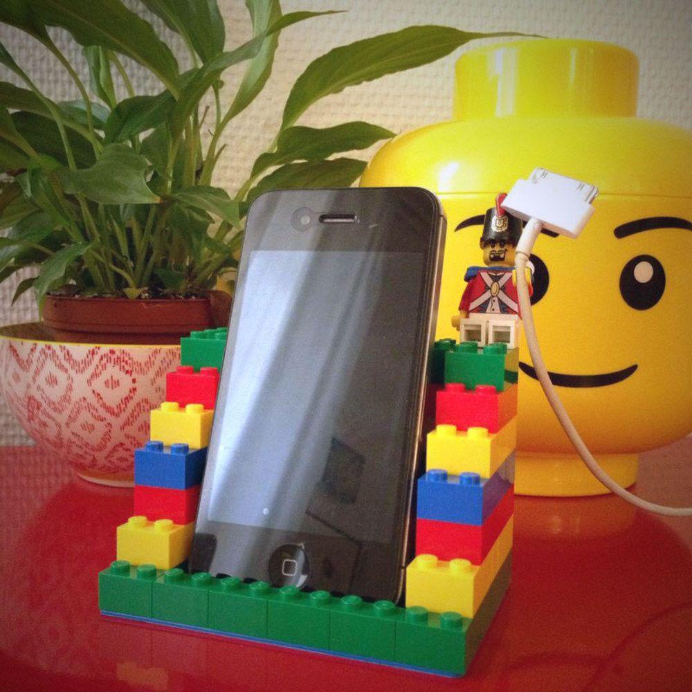 tuto r alisez un repose t l phone portable en lego brique lego solide et lego. Black Bedroom Furniture Sets. Home Design Ideas