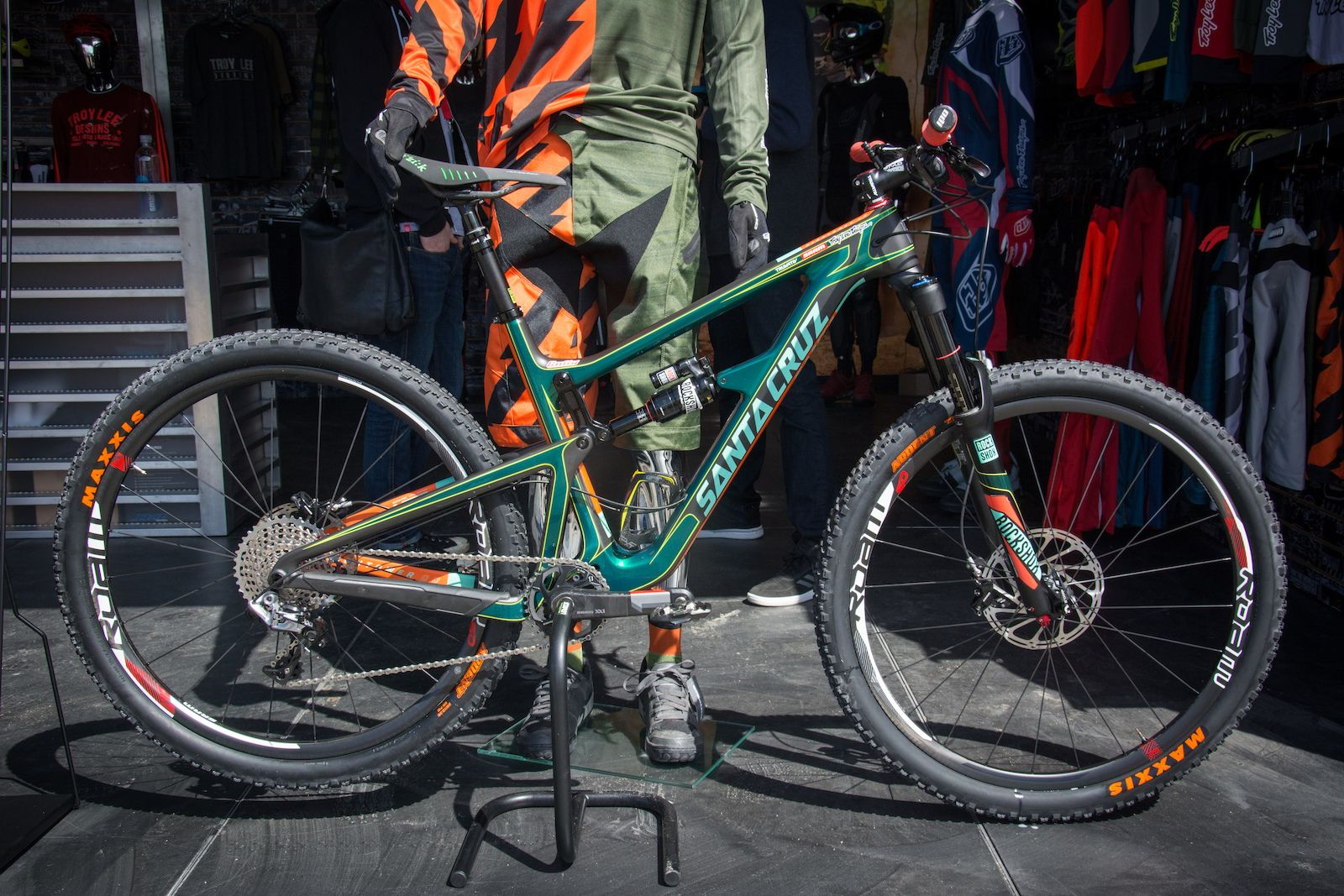 7603b251558 This is Dave Cullinan's custom painted Santa Cruz Tallboy. It has custom,  hand painted race stripes and a forest green the crew were using for a moto  ...