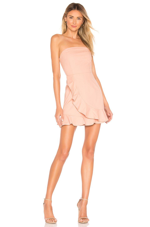 Superdown Rosie Strapless Ruffle Dress In Peach Aff Affiliate Strapless Peach Dress Rosie In 2020 Strapless Ruffle Dress Ruffle Dress Fashion Clothes Women [ 1450 x 960 Pixel ]