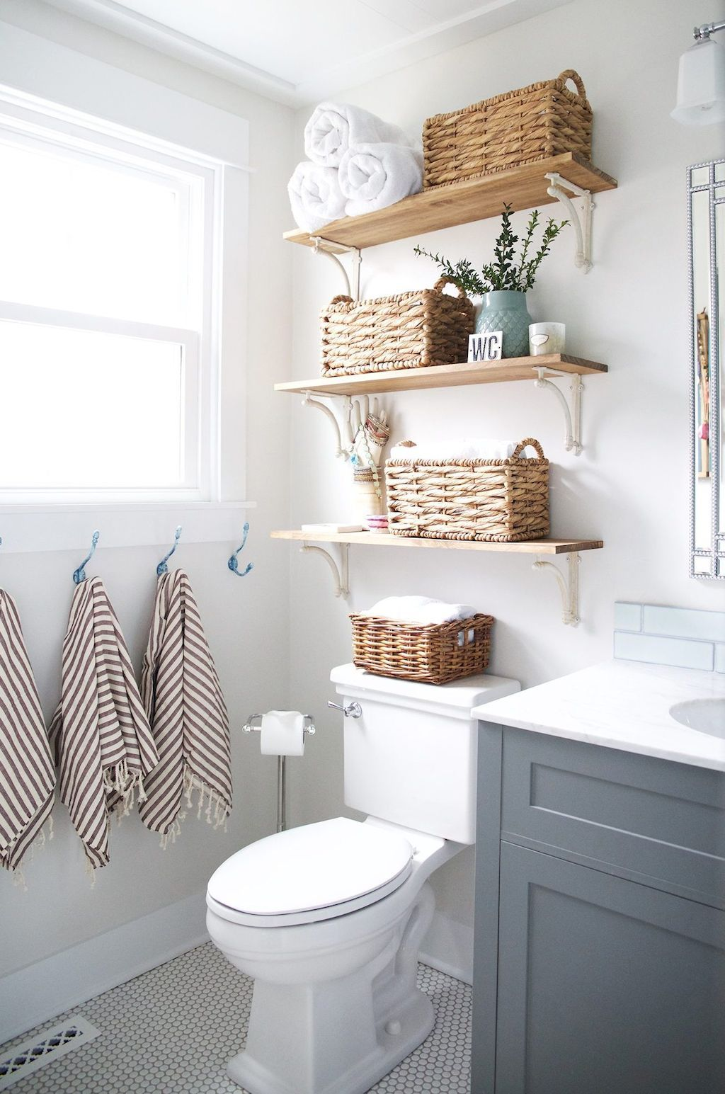 Awesome 50 Functional Bathroom Storage and Space Saving Ideas https ...