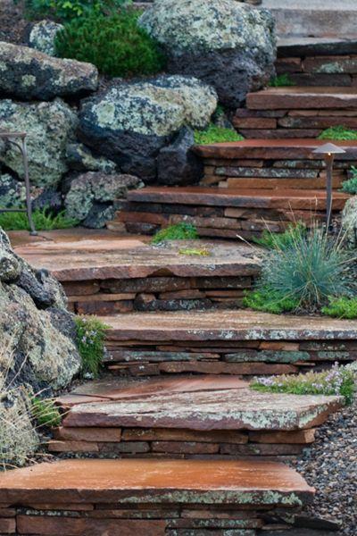Flagstaff landscape contractor retaining walls plantas for Escaleras para caminar fuera del jardin