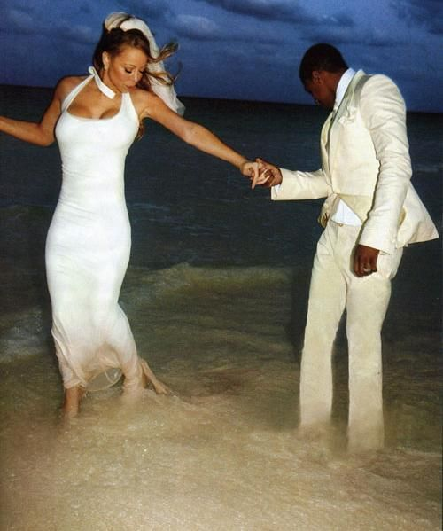 Mariah Carey My Favorite Picture Of Her Wedding To Nick Cannon When She S Comparing The Pink At End Gown With Carribean Sand