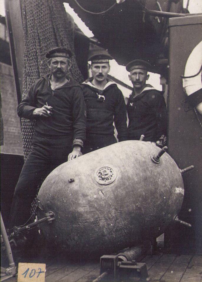Mina submarina.