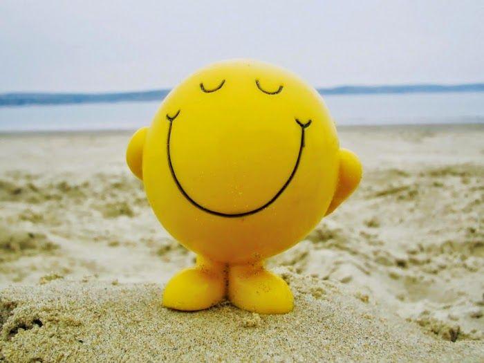البحث عن سعادة الذات غير حياتك Happy Smile Ways To Be Happier Happy Face