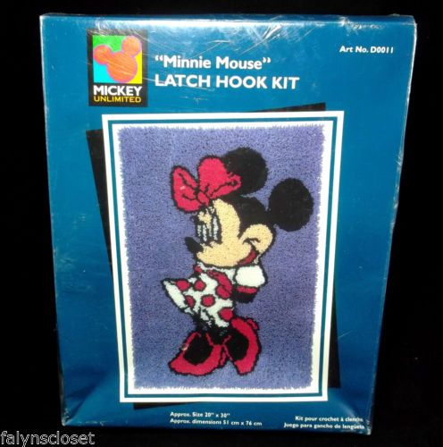 Caron Minnie Mouse Latch Hook Kit Mickey Ultd Disney