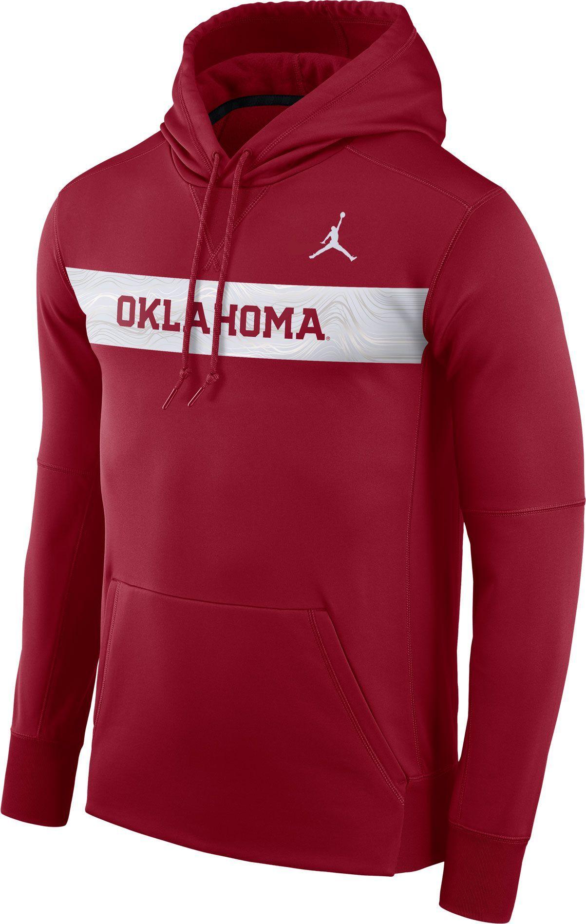 b67306eb4bf Jordan Men's Oklahoma Sooners Crimson Therma-FIT Pullover Sideline Hoodie,  Multi