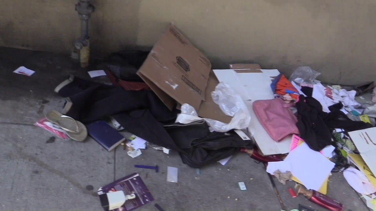 Homeless Belongings On The Street Of San Francisco 5 28 2018 Homeless Belonging San