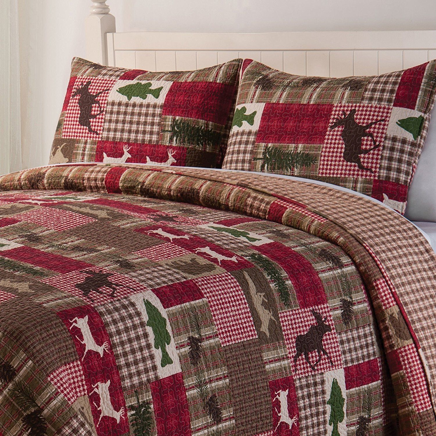 Green Red Brown Moose Deer Hunting Themed King Quilt Set